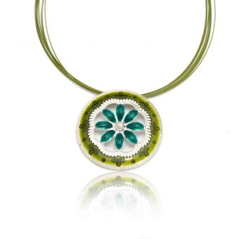 http://www.bijouxdecamille.com/10743-thickbox/collier-ikita-big-flower-en-metal-argente-et-email-sur-cables.jpg