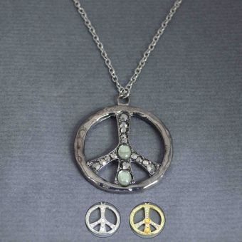 http://www.bijouxdecamille.com/10947-thickbox/collier-bright-peace-en-metal-et-strass.jpg
