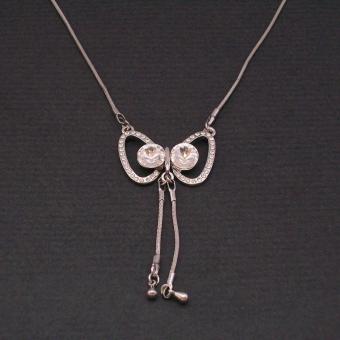 http://www.bijouxdecamille.com/1098-thickbox/collier-chouette-en-metal-et-strass.jpg