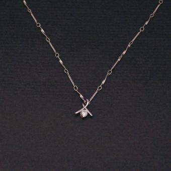 http://www.bijouxdecamille.com/1100-thickbox/collier-boucle-scintillante-en-metal-et-zirconium.jpg