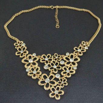 http://www.bijouxdecamille.com/11034-thickbox/collier-lace-flowers-en-metal-dore-et-strass.jpg