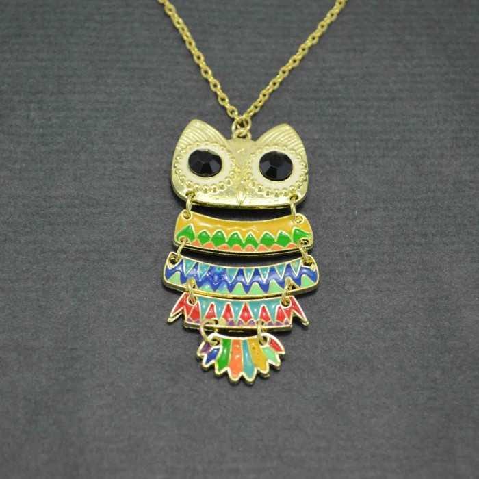 """Sautoir """"Teotihuacan"""" en métal doré et émail"""