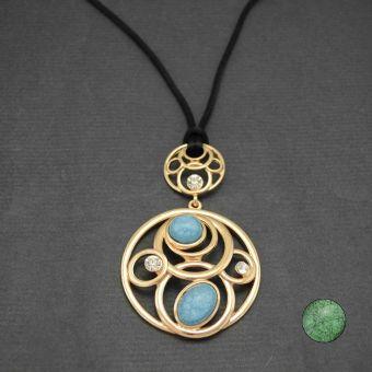 http://www.bijouxdecamille.com/11123-thickbox/collier-invitation-en-metal-dore-et-resine.jpg