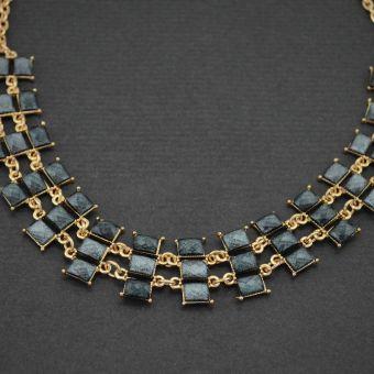 http://www.bijouxdecamille.com/11155-thickbox/collier-fantaisie-railroad-en-metal-dore-et-resine.jpg