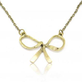 http://www.bijouxdecamille.com/11280-thickbox/collier-jolie-noeud-en-metal-dore.jpg