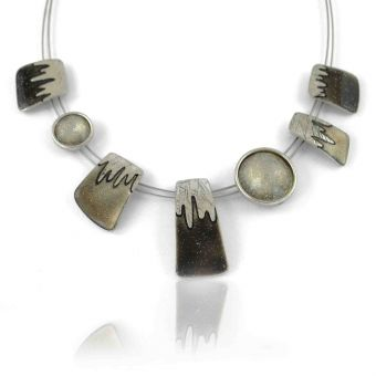 http://www.bijouxdecamille.com/11580-thickbox/collier-ikita-icing-en-metal-argente-et-email-paillete-sur-cables.jpg