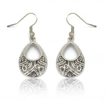 http://www.bijouxdecamille.com/12404-thickbox/boucles-d-oreilles-inca-en-metal-argente.jpg