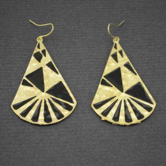 http://www.bijouxdecamille.com/12418-thickbox/boucles-d-oreilles-fantaisie-triangles-mayas-en-metal-dore-et-email.jpg