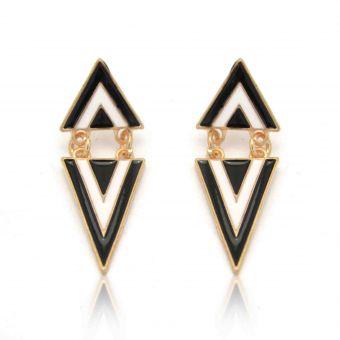 http://www.bijouxdecamille.com/12476-thickbox/boucles-d-oreilles-triangulo-en-metal-dore.jpg
