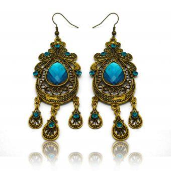 http://www.bijouxdecamille.com/13567-thickbox/boucles-d-oreilles-orientales-nicosie-en-metal-dore-strass-et-resine.jpg