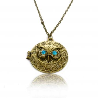 http://www.bijouxdecamille.com/13896-thickbox/collier-box-sweet-owl-en-metal-dore-vieilli-et-strass.jpg