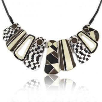 http://www.bijouxdecamille.com/14134-thickbox/collier-ikita-grid-en-metal-argente-resine-et-email.jpg