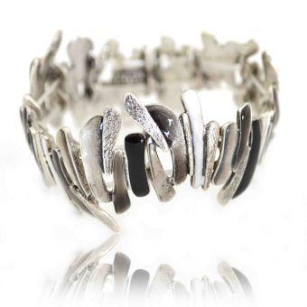 http://www.bijouxdecamille.com/14163-thickbox/bracelet-fantaisie-elastique-ikita-gneiss-en-metal-argente.jpg