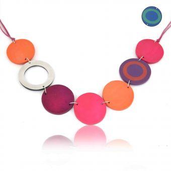 http://www.bijouxdecamille.com/14255-thickbox/collier-pure-by-noa-katniss-en-metal-argente-resine-et-bois-sur-cordon-de-feutrine.jpg