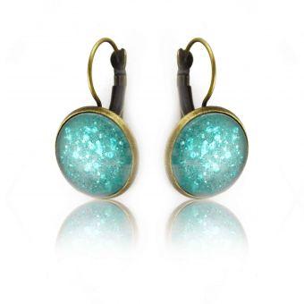 http://www.bijouxdecamille.com/14888-thickbox/boucles-d-oreilles-glitter-aquatic-en-metal-dore-vieilli-et-cabochon.jpg