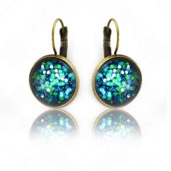 http://www.bijouxdecamille.com/14905-thickbox/boucles-d-oreilles-glitter-glaxie-en-metal-dore-vieilli-et-cabochon.jpg