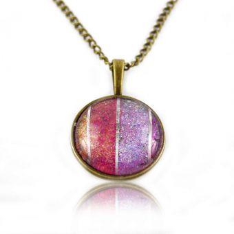 http://www.bijouxdecamille.com/14922-thickbox/collier-glitter-rainbow-pink-en-metal-dore-vieilli-et-cabochon.jpg