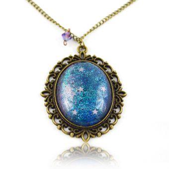 http://www.bijouxdecamille.com/14925-thickbox/collier-glitter-galaxie-en-metal-dore-vieilli-et-cabochon.jpg
