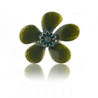 http://www.bijouxdecamille.com/14962-thickbox/bague-ikita-fleur-emaillee-en-metal-et-email.jpg