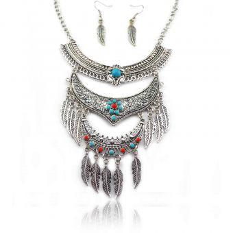 http://www.bijouxdecamille.com/15107-thickbox/parure-tribal-style-frontiers-en-metal-argente-et-perles.jpg