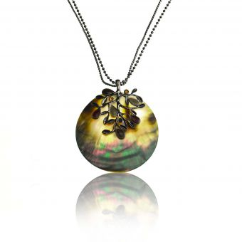 http://www.bijouxdecamille.com/15377-thickbox/collier-ikita-arbre-nacre-en-metal-argent-nacre-et-email.jpg