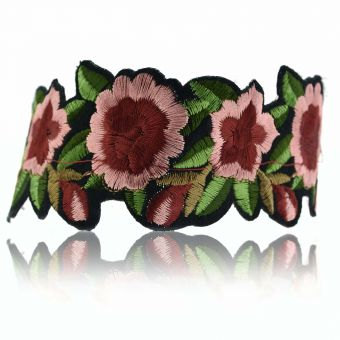 http://www.bijouxdecamille.com/15688-thickbox/collier-flower-tattoo-en-metal-argente-et-tissu.jpg