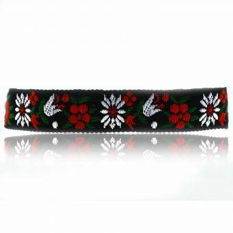http://www.bijouxdecamille.com/15696-thickbox/collier-flower-en-tissu-et-metal-argente.jpg