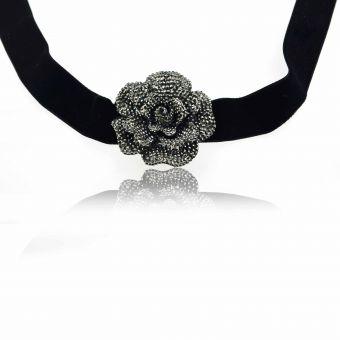 http://www.bijouxdecamille.com/15703-thickbox/collier-big-rose-en-resine-argente-strass-et-velours.jpg