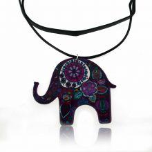 """Collier """"Elephant Power"""" en résine et cordon de cuir"""