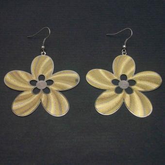 http://www.bijouxdecamille.com/1978-thickbox/boucles-d-oreilles-tourbillon-en-metal-dore-et-argente.jpg