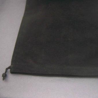 http://www.bijouxdecamille.com/2866-thickbox/pochon-en-velours-noir-21-x-30-cm.jpg