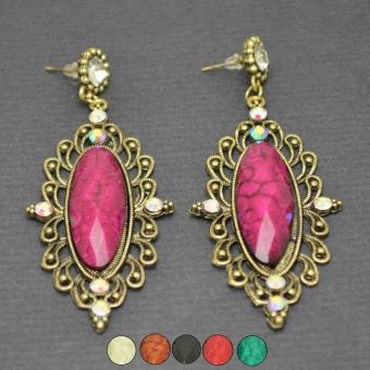 http://www.bijouxdecamille.com/2962-thickbox/boucles-d-oreilles-fantaisie-baroque-en-metal-argente-resine-et-strass.jpg