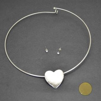 http://www.bijouxdecamille.com/3468-thickbox/parure-valentine-s-day-en-metal.jpg