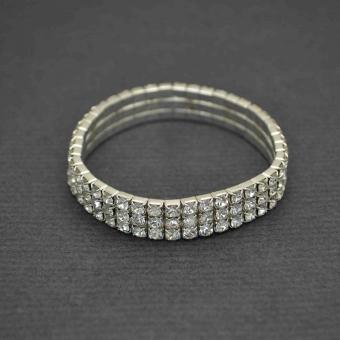 http://www.bijouxdecamille.com/3490-thickbox/bracelet-elastique-voie-lactee-3-rangs-en-strass.jpg