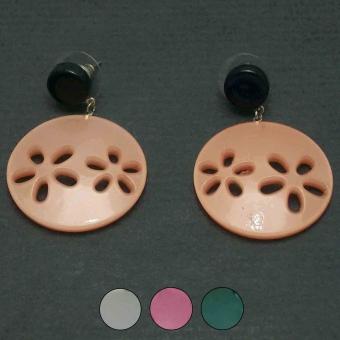 http://www.bijouxdecamille.com/3515-thickbox/boucles-d-oreilles-acryl-petites-fleurs-en-acrylique.jpg