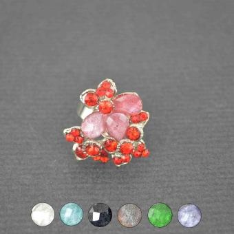 http://www.bijouxdecamille.com/3720-thickbox/bague-fantaisie-kris-en-metal-argente-strass-et-resine.jpg