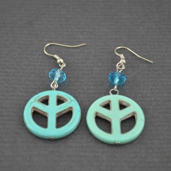 http://www.bijouxdecamille.com/4387-thickbox/boucles-d-oreilles-peace-love-en-imitation-turquoise.jpg