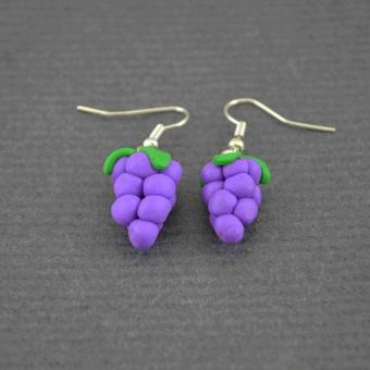 http://www.bijouxdecamille.com/4433-thickbox/boucles-d-oreilles-fruits-grape-en-pate-fimo.jpg