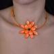 """Parure fantaisie """"Big Flower"""" en nacre, sur câble gainé   Les Bijoux de Camille, bijoux fantaisie pas cher"""
