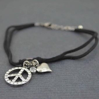 http://www.bijouxdecamille.com/5606-thickbox/bracelet-de-cheville-peace-et-cetera-en-metal-argente-strass-et-cordon.jpg