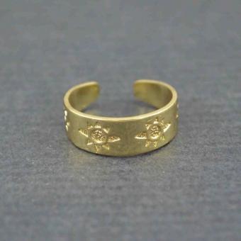 http://www.bijouxdecamille.com/5611-thickbox/bague-de-pied-soleil-en-metal-dore.jpg