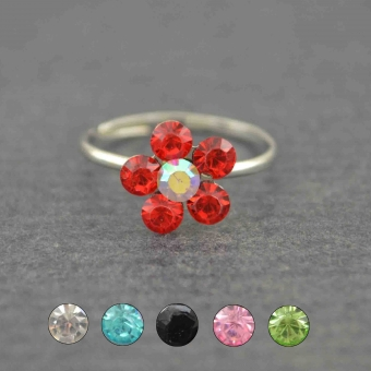 http://www.bijouxdecamille.com/5618-thickbox/bague-de-pied-fleur-de-lumiere-en-metal-argente-et-strass.jpg