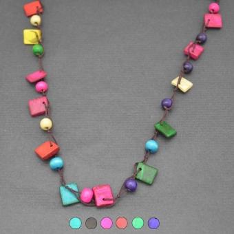 http://www.bijouxdecamille.com/5735-thickbox/collier-fantaisie-africa-1-en-perles-de-bois.jpg