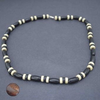 http://www.bijouxdecamille.com/6196-thickbox/collier-olives-en-bois.jpg