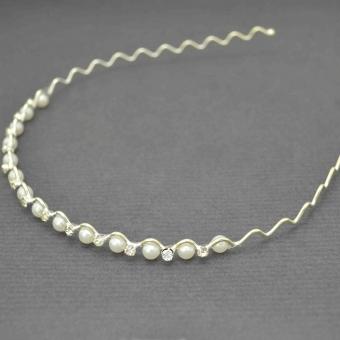 http://www.bijouxdecamille.com/6530-thickbox/serre-tete-perles-en-metal-argente-et-perles-blanches.jpg