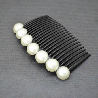 http://www.bijouxdecamille.com/6550-thickbox/peigne-perles-en-plastique-et-demi-perles-de-synthese.jpg