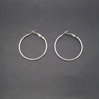 http://www.bijouxdecamille.com/723-thickbox/boucles-d-oreilles-creoles-4-cm-en-metal-argente.jpg
