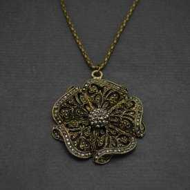 "Collier fantaisie ""Old Rose"" en métal bronze vieilli et strass"