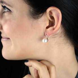 """Boucles d'oreilles """"Perle"""" en métal argenté et perle de stnhèse"""