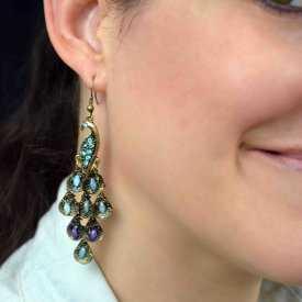 """Boucles d'oreilles """"Paon"""" en métal doré, strass et résine"""